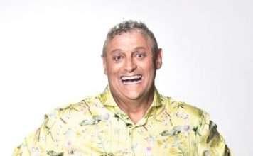 Barry Hilton - Conference Comedian Celebrity