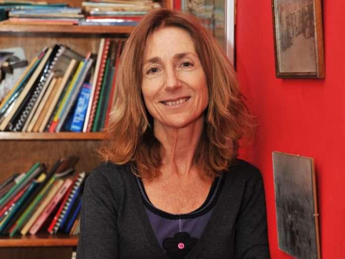 Dr Tessa Dowling - Diversity Language Academic