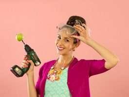 Suzelle DIY - Celebrity Entertainer